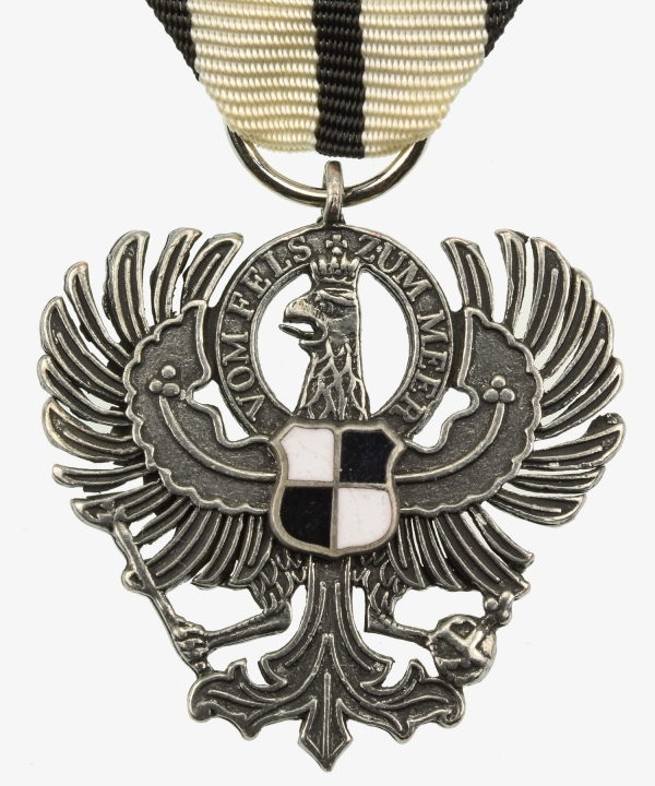 Royal House Order of Hohenzollern Adler the owner